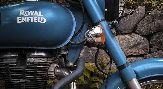 motocicleta-classic-squadron-blue